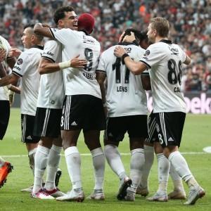 Beşiktaş'ta 4 isim maç kadrosuna alınmadı!